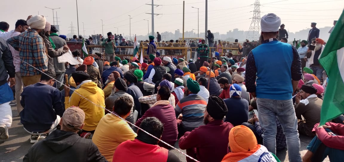 Farmers' protest on Delhi borders continues for 15th day