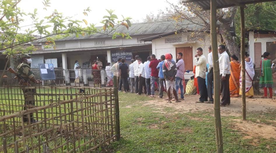 Polling begins for 1st phase of Assembly elections in Assam & West Bengal