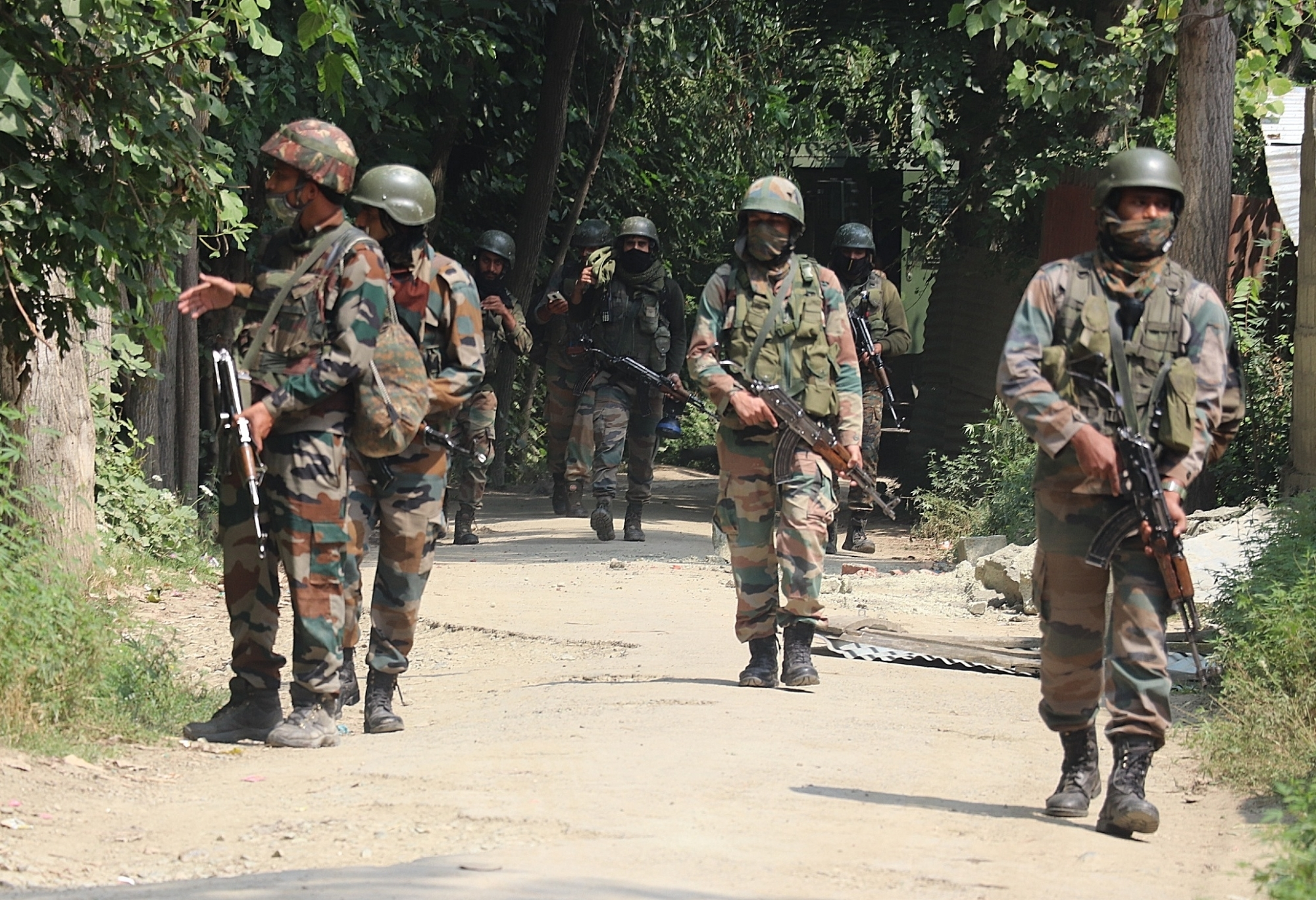 3 terrorists killed in Pulwama encounter
