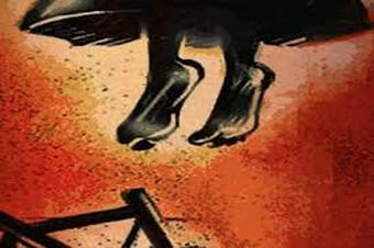 Woman found hanging at in-laws house in Ganjam, family alleges 'dowry killing'