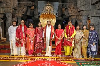 Naidu prays for universal well-being at Tirupati temple