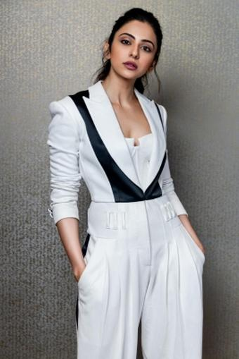 Rakul Preet Singh shares glimpse of a day in her life