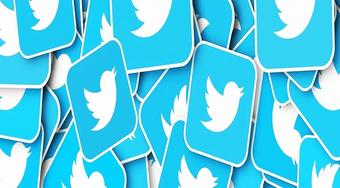 Twitter reopens blue badge verification after a brief pause
