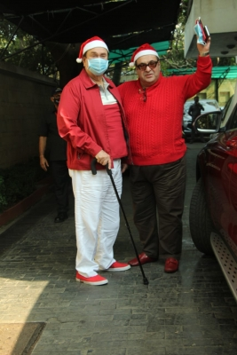 Randhir Kapoor tests Covid-19 positive, hospitalised