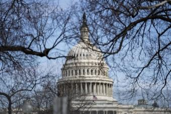 Masks no longer required in US Senate for vaccinated people