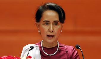 Suu Kyi demands in-person meeting with lawyers
