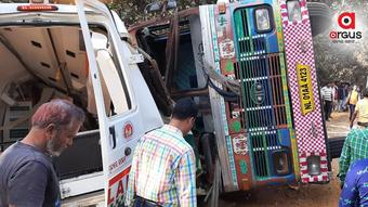 1 dies, 4 critical as ambulance collides with truck in Odisha