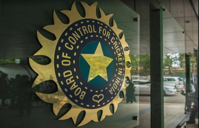 BCCI mulls shifting rest of IPL games to Mumbai: Report