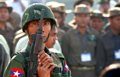 Myanmar Army uses artillery on resistance town