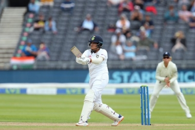 Women's Test: India collapse to 187/5 after solid start vs Eng