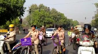Delhi police acknowledge the women power on Women's Day!