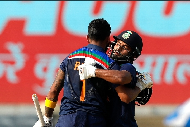 2nd ODI: Centurion Rahul, Pant power India to 336/6