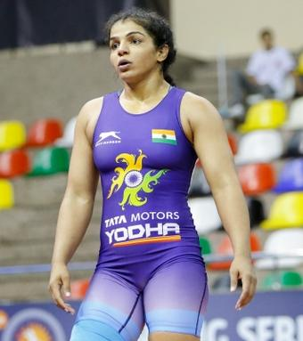 Sakshi in Indian team for Asian wrestling meet