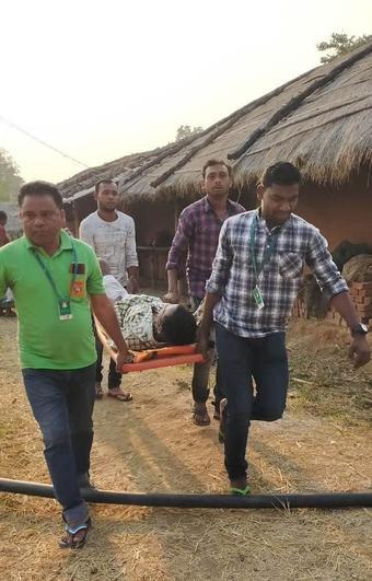 Absence of road in Boudh village; patient carried on cot for 1.5 km