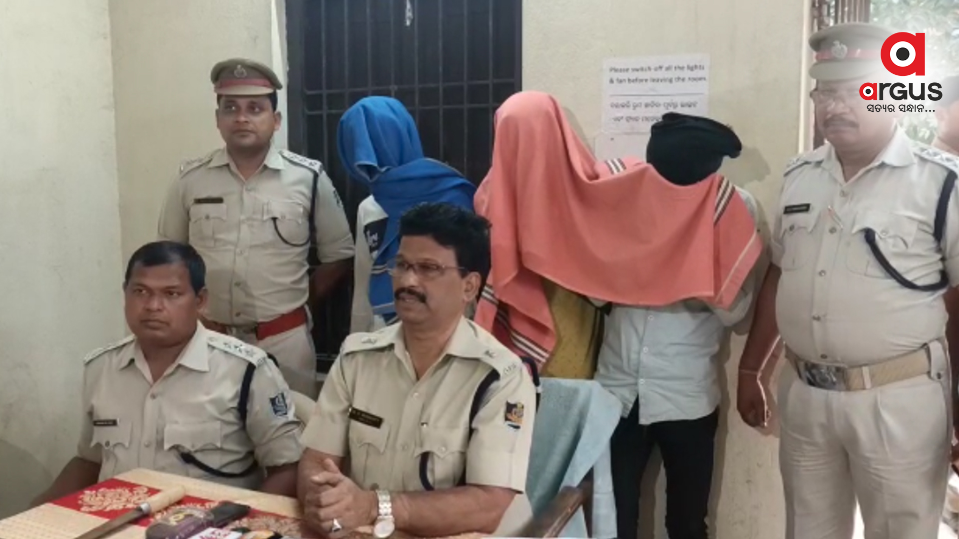 5 highway looters held in Kendrapara