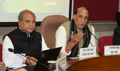 Agriculture Minister Tomar meets Rajnath Singh ahead of talks with farmers