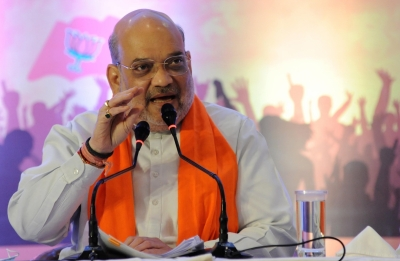 Shah meets cooperative sector honchos before taking charge of Ministry