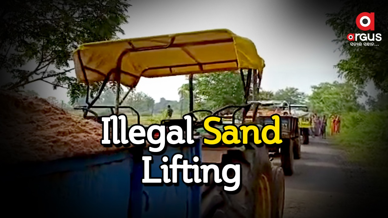 Villagers detain sand laden tractors protesting illegal mining in Angul