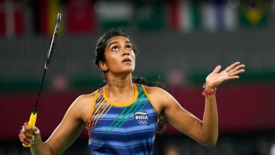 Sindhu makes it to knockout round with win over Hong Kong's Cheung