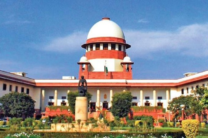 One who lives in glass houses, shouldn't throw stones at others: SC to Ex-Mumbai CP
