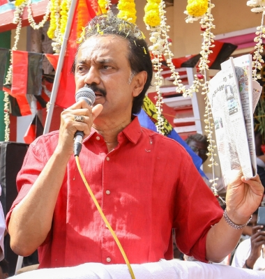 Lockdown only solution to curb Covid spread: Stalin