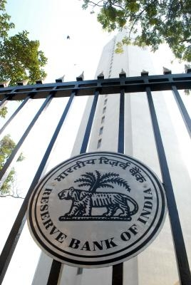RBI eases KYC compliance; extends video KYC to new customers