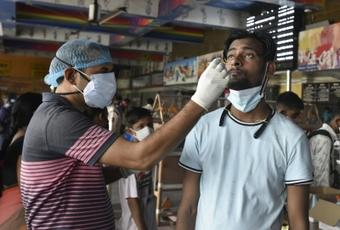 India reports 35,662 new Covid cases, 281 deaths