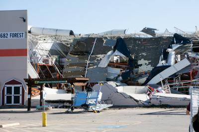 6 dead after tornadoes, storms hit southern US