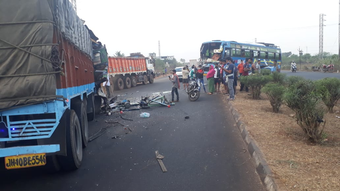 Bus carrying Odia migrants from Kerala collides with truck in Odisha; one dead