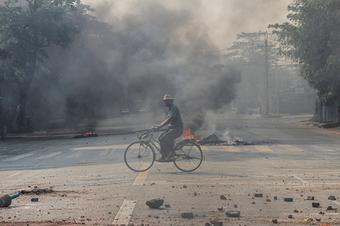 Myanmar protesters hold 'Easter egg strikes'