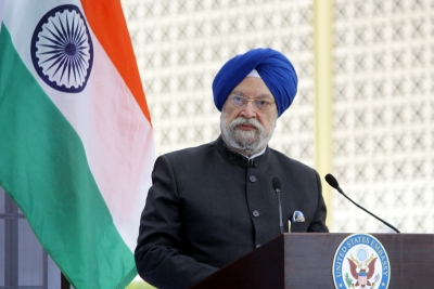 First consignment of O2 concentrators from Germany arrive in India: Minister