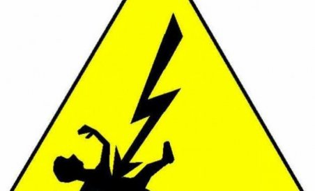 2 farmers electrocuted to death by water pump in Subarnapur