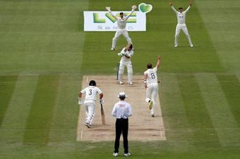 New Zealand set England 273 in 75 overs to win 1st Test