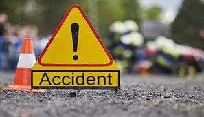 2 killed, 1 critical as pickup van rams into truck in Cuttack