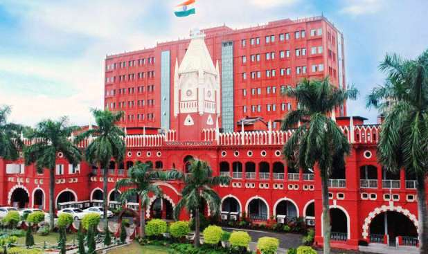 Misc case in HC over Paree killing; CBI probe & polygraph test on docs, SIT chief sought