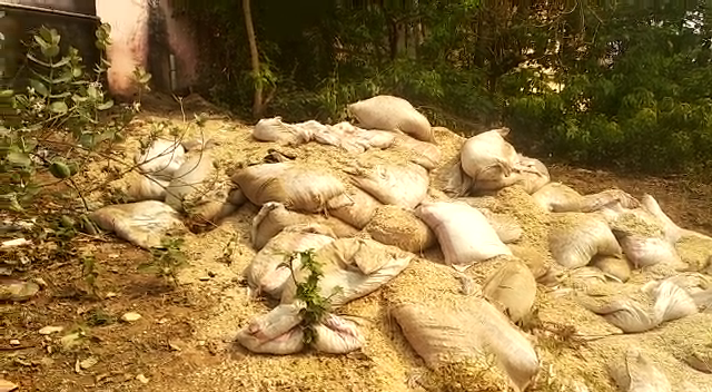 500 quintals of flattened rice dumped in Jajpur