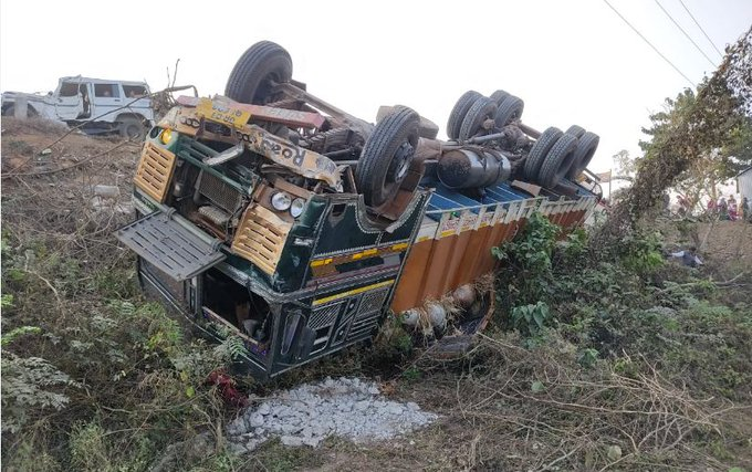 3 persons, 35 cattle killed in road accident in Odisha
