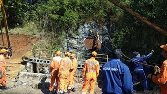 Navy, NDRF operations on as 5 miners trapped in Meghalaya mine
