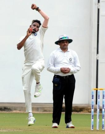 4th Test: Patel takes 2 as England reduced to 74/3