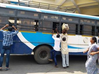 Bus services between MP-Chhattisgarh suspended till April 15