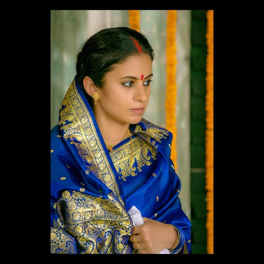Rasika Dugal posts picture to beat 'lockdown blues'