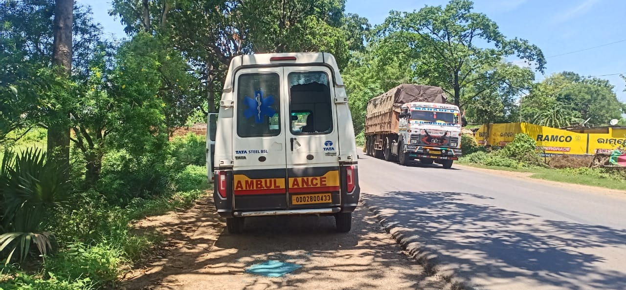 Patient jumps off moving ambulance in Angul