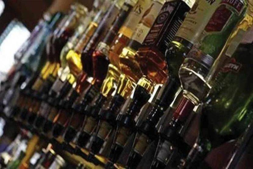 Duplicate foreign liquor manufacturing unit busted in Mayurbhanj, 2 held