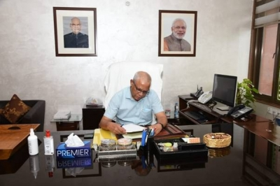 Deepak Das takes charge as new Controller General of Accounts