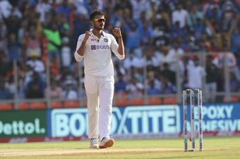 Patel fills Jadeja's shoes by sticking to his strengths
