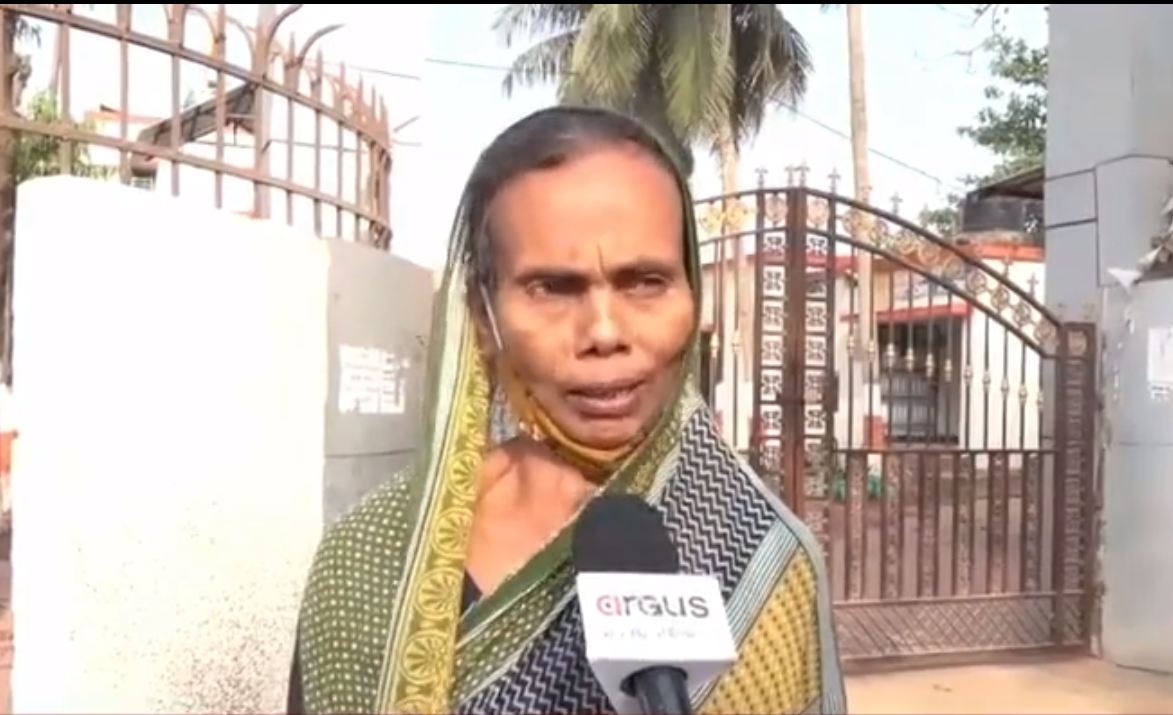 After 14 days' stay, slain Ullas Jena's mother released from Jharapada jail