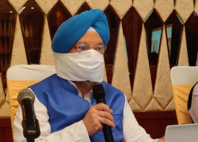 Punjab govt making profit by selling vax at higher rate: Hardeep Puri