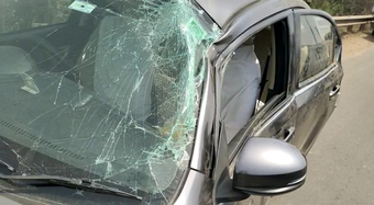 Close shave for family even as truck hits car in city