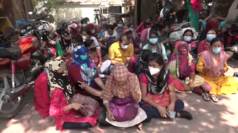 """Tension in SCB as """"expelled"""" health workers stage dharna"""