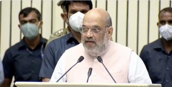 All border fencing gaps with Pak, B'desh to be filled by 2022: Shah